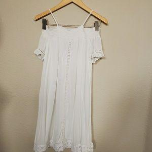 Art Class White off Shoulder Sleeves White Dress